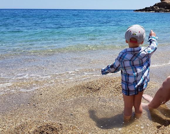 """da staunt unser Enkel nicht schlecht """"das erste mal"""" direkt am Meer und im Meerwasser"""